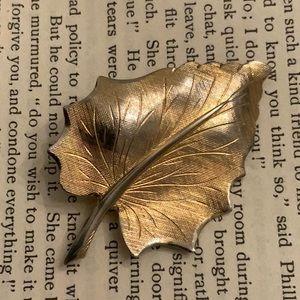 Vintage Gold Tone Textured Leaf Brooch